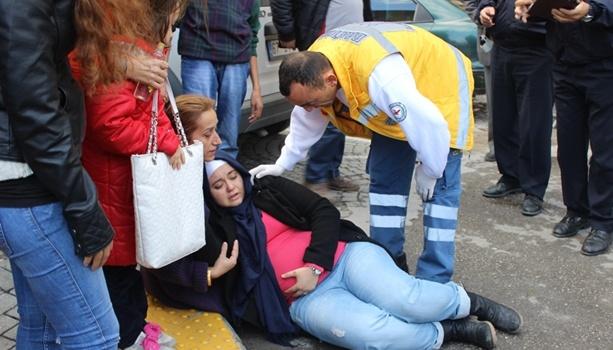 Hamile kadına otomobil çarptı