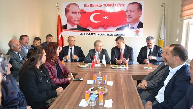 Ak parti Alaplı'da Yavuz'la devam kararı aldı