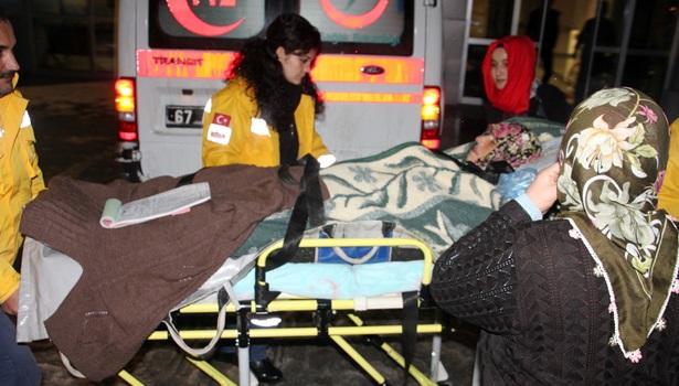 Hastaneye greyder ile ulaştılar
