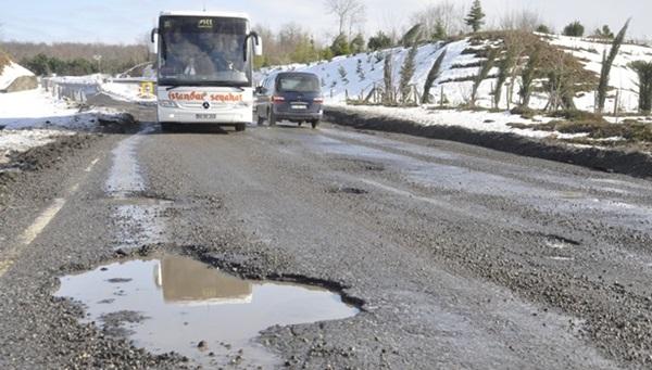 Zonguldak Ereğli yolu kazaya davetiye çıkarıyor