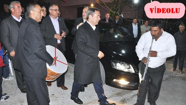Başkan Uysal'a kıyıcak'ta davullu-zurnalı karşılama
