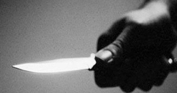 Bir dernekte çıkan kavgada, bir kişi bıçakla yaralandı