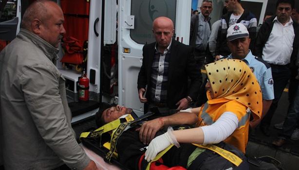 Ereğli´de, afiş asarken düşen işçi ağır yaralandı