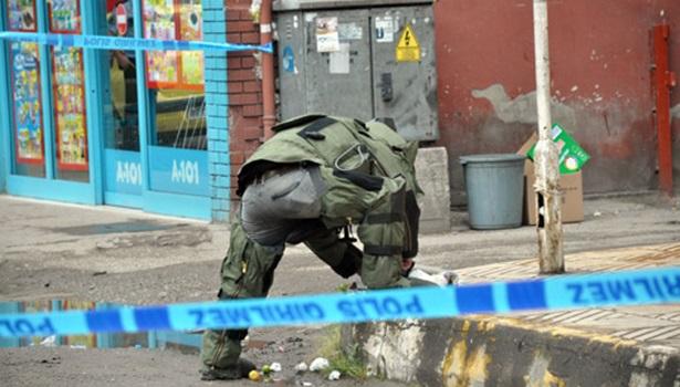PTT önüne bırakılan poşet polisi alarma geçirdi