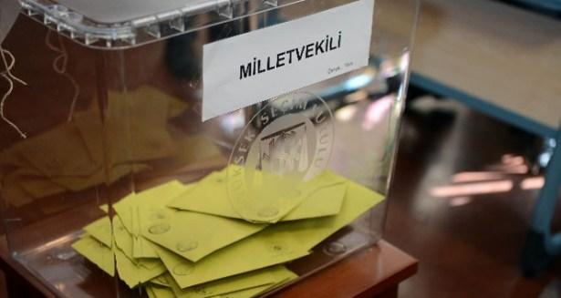 Türkiye genelinde oy verme işlemi devam ediyor