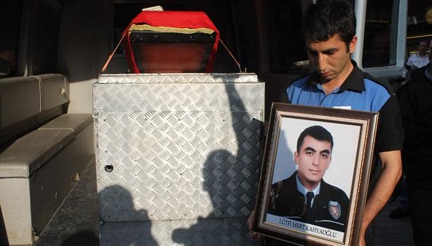 Genç polisin cenazesi ailesine teslim edildi