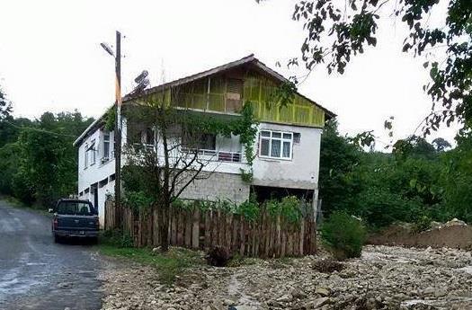 Alaplı´da sağanak yağış köy yollarında hasara yol açtı
