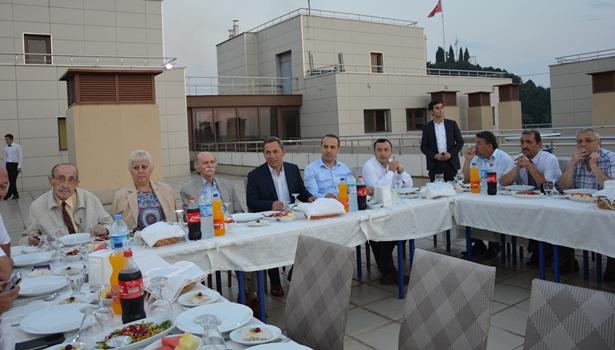Başkan Uysal,Gazetecilerle bir araya geldi