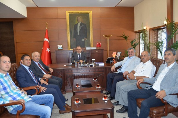 AK  Partili Vekillerden Vali Kaban´a ziyaret