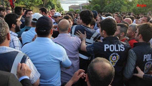 Kömürspor maçı öncesi polis ve taraftar arasında arbede
