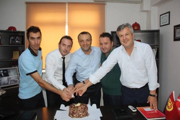 Alaplı TSO'dan pastalı kutlama