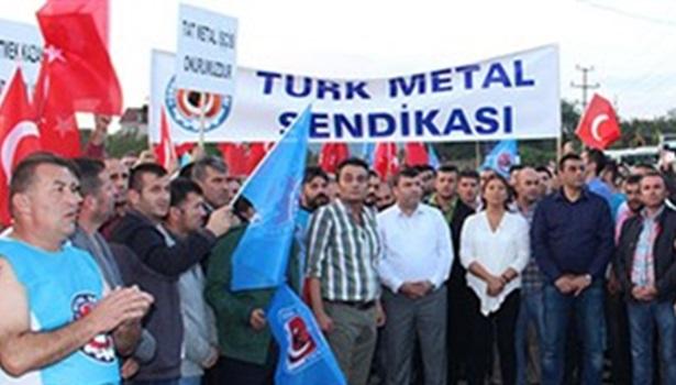 Türk Metal Sendikasından işten çıkarılan işçilere destek