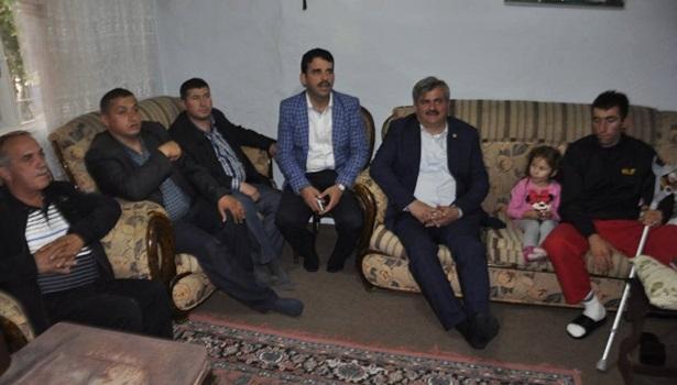 Baba ocağındaki gaziye Çaturoğlu'dan geçmiş olsun ziyareti