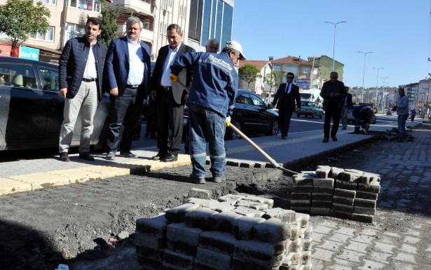 Belediyeden Kepez Yolu'nda yan yol ve cep çalışması