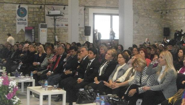 Zonguldaklı kadın muhtarlar çalıştayda bir araya geldiler