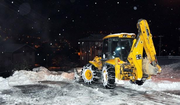 Karadeniz Ereğli Belediyesi, karla mücadeleye hazır