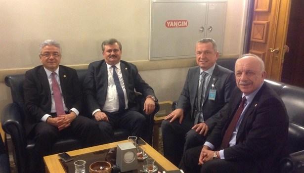 AK Parti ve CHP´li vekiller bir araya geldi