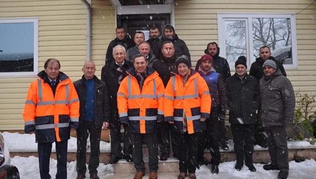 Başkan Uysal, kar yağışı ile mücadele çalışmalarını yerinde inceledi
