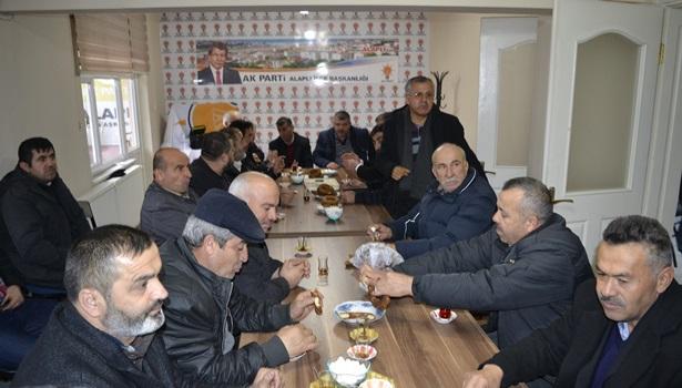 Muhtarlardan Ak Parti Alaplı İlçe teşkilatına ziyaret