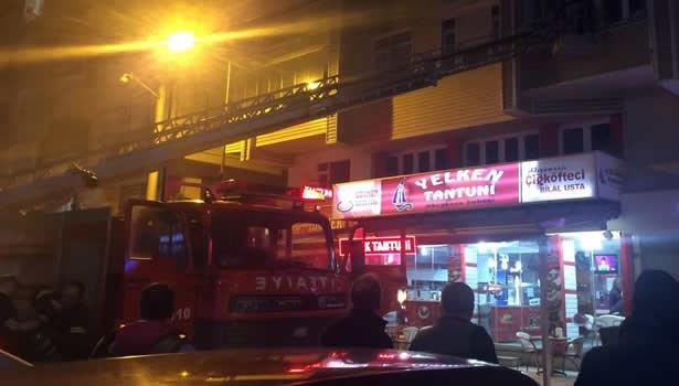 5 katlı binada çıkan yangın korkuttu