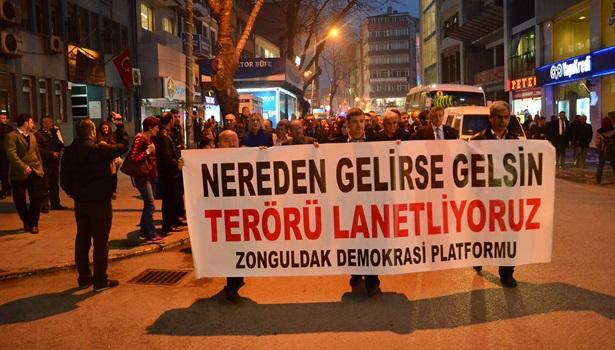 Zonguldak halkı teröre tepki için yürüdü