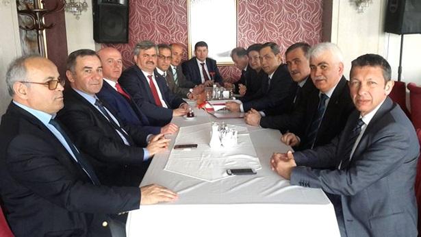 Başkan Uysal, Milletvekili Çaturoğlu'na Ereğli raporunu sundu