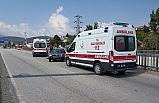 Otomobil köprü bariyerlere çarptı: 1'i çocuk 2 kişi yaralandı