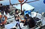 Palamut balıkçıların yüzünü güldürdü!..