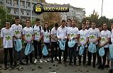 Zonguldak Belediyesi önünde çöp topladılar!