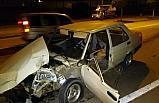 Ağaca çarpan sürücü,hayatını kaybetti