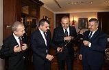 Dışişleri Bakanı Çavuşoğlu'nu ziyaret ettiler