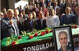 Türkçelik için belediye önünde tören düzenlendi