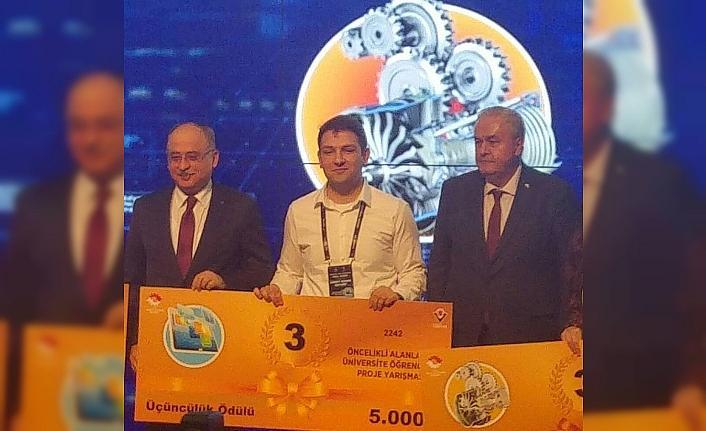 Zonguldak'lı öğrenci üçüncü oldu