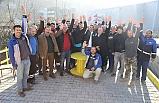 Şanal'dan belediye işçilerine ziyaret