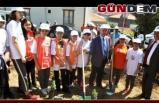 Belediye, 300 fidanı toprakla buluşturdu
