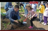 Çocuklara tarım sevgisi aşılanıyor