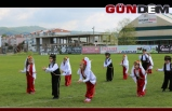 Halk Oyunları Şenliği gösterisi sergilendi...