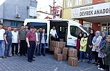 Öğrencilerden ihtiyaç sahiplerine gıda yardımı
