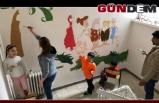 Okul duvarlarını boyadılar!..