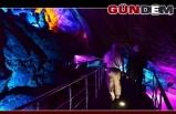 Bayramın en uğrak yeri Gökgöl Mağarası oldu