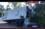 Yolcu minibüsü otomobile çarptı