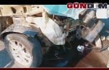 Mıcıra Kapılan Otomobil Duvara Çarptı!..Ölümden döndüler