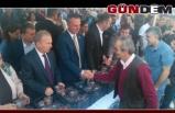 Başkan Alan, Kandil Simidi dağıttı