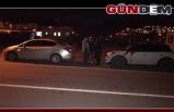 Yolda oluşan çukur araçların lastiklerini patlattı...