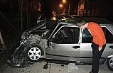 Park halindeki otomobile çarptı: 3 yaralı