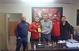 Zonguldakspor taraftarlarından spor adamına plaket