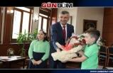 Vali Erdoğan Bektaş, 23 Nisan'ı kutladı...