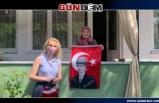 Merve Kır'dan Bayrak hediyesi