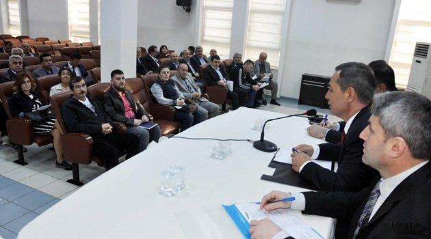Başkan Uysal Çilek şenlikleri için derneklerle bir araya geldi