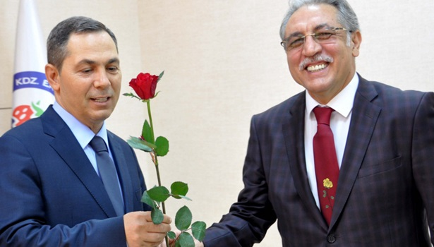 Müftü Albayrak Başkan Uysal'ı ziyaret etti